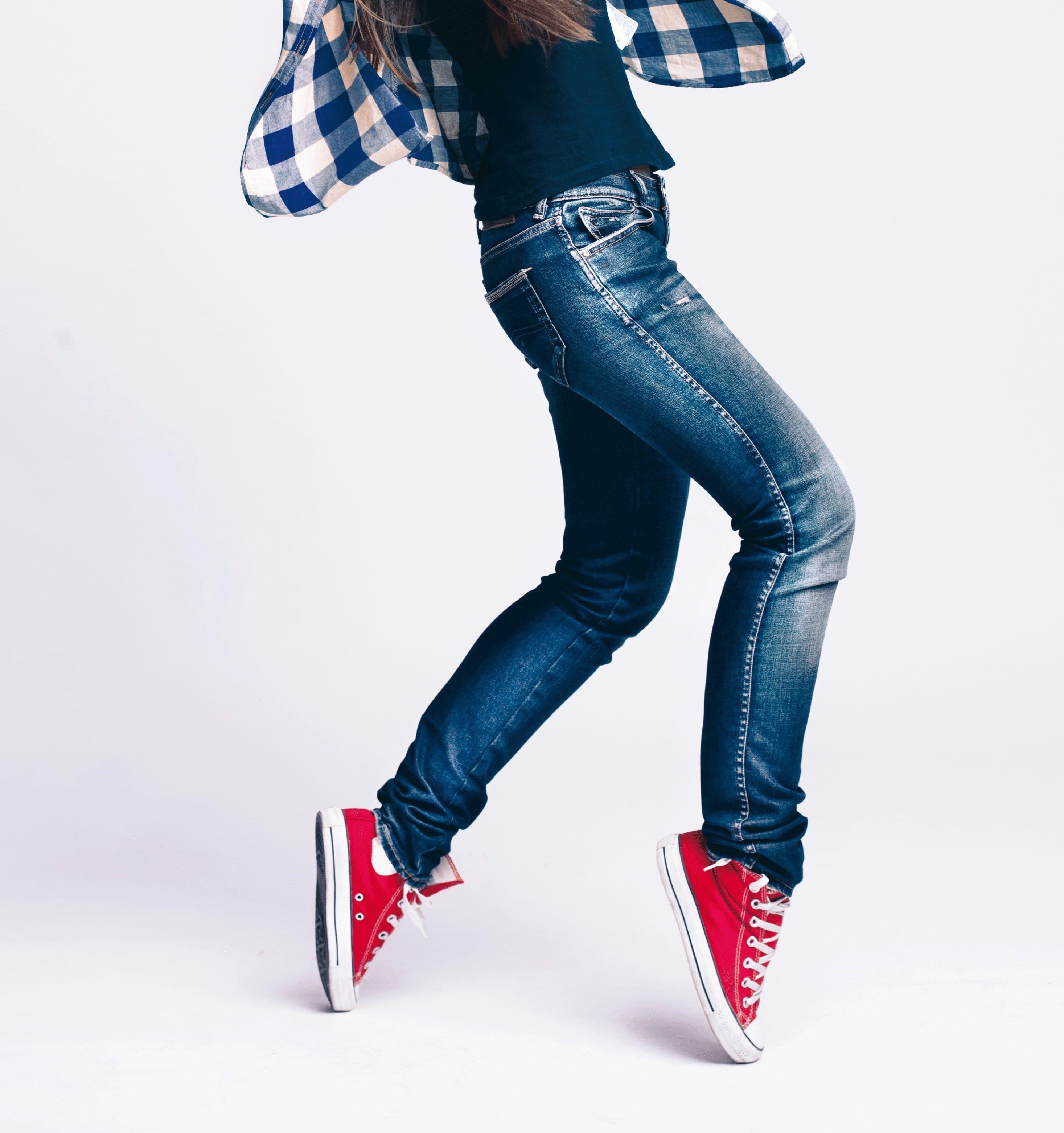 Raviver les couleurs ou teindre un jean